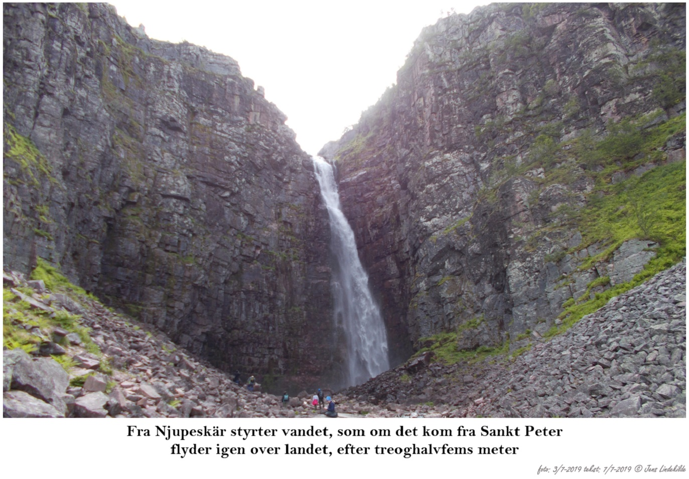 Fra-Njupeskär-styrter-vandet