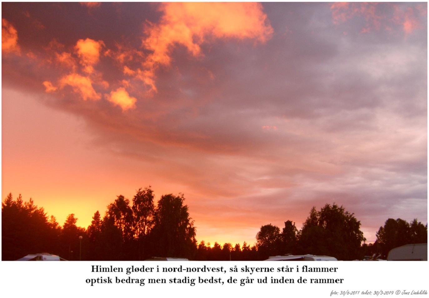 Himlen-gløder-i-nord-nordvest