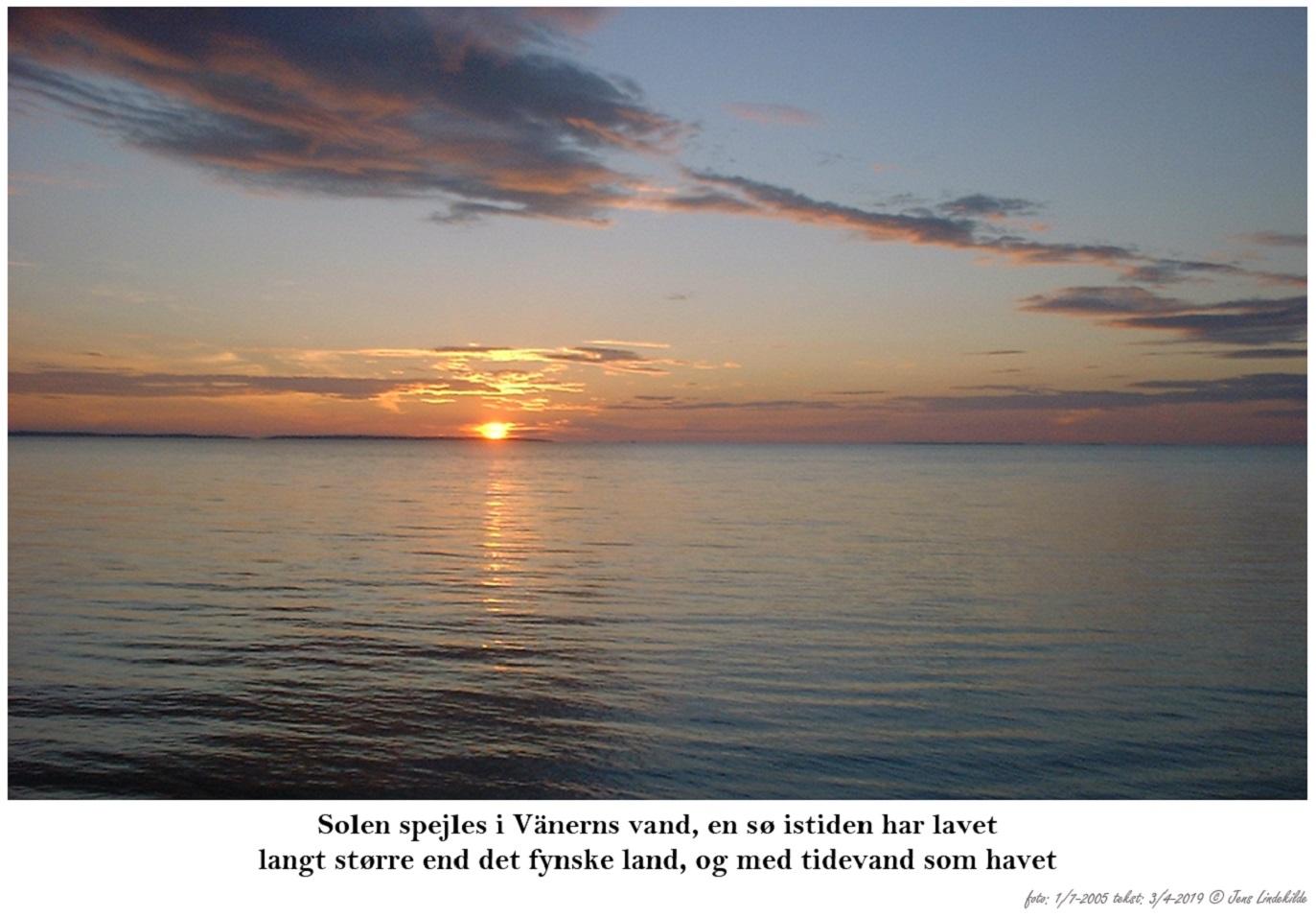 Solen-spejles-i-Vänerns-vand