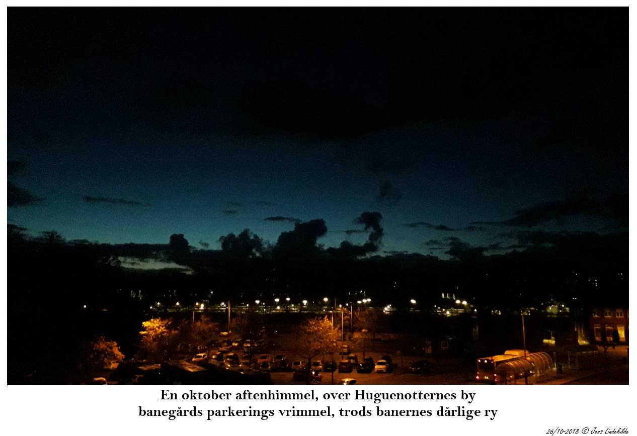 En oktober aftenhimmel