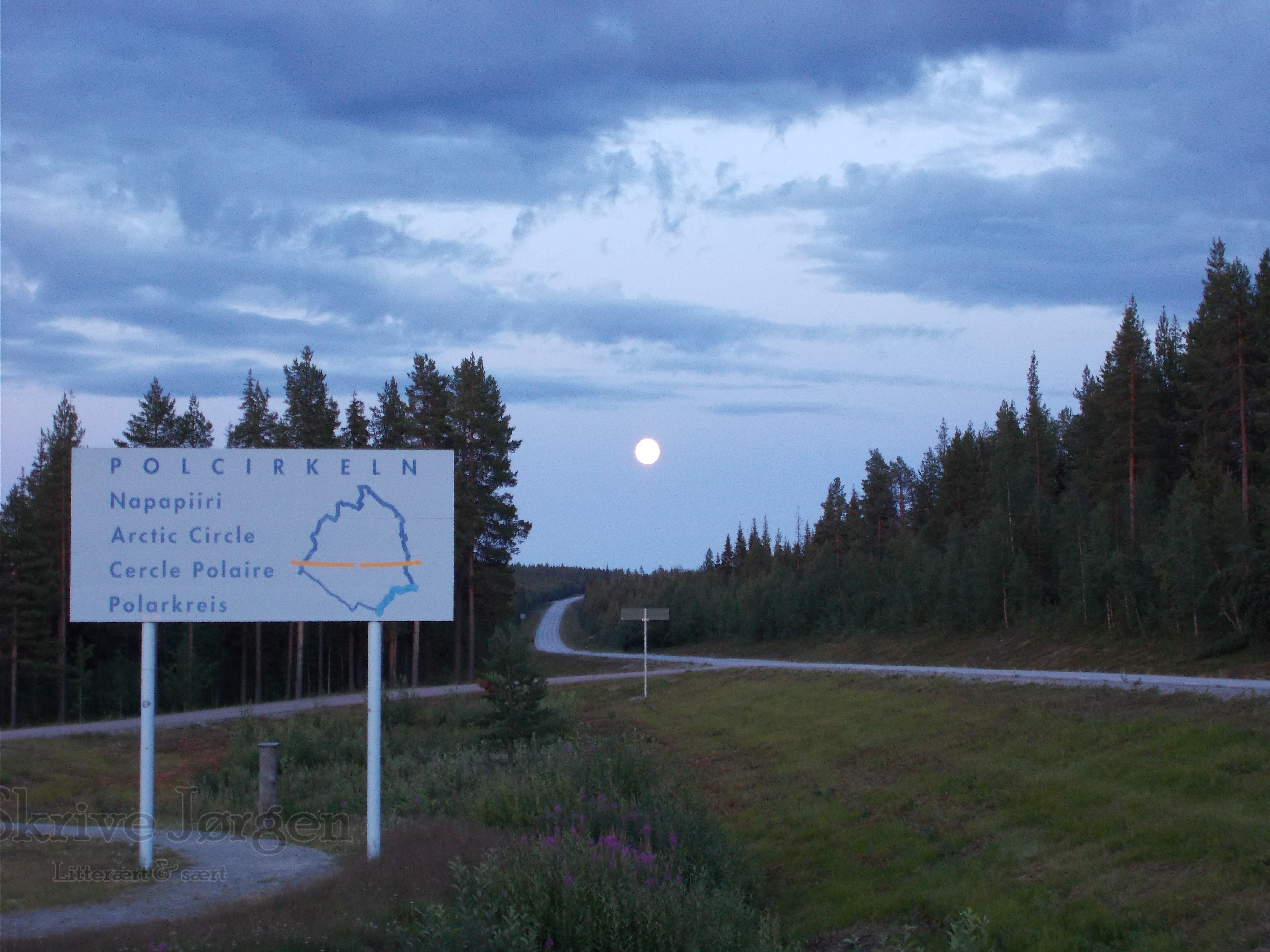 Fuldmåne ved polarcirklen